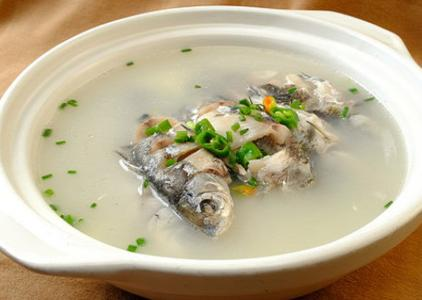 安胎鲫鱼姜仁汤